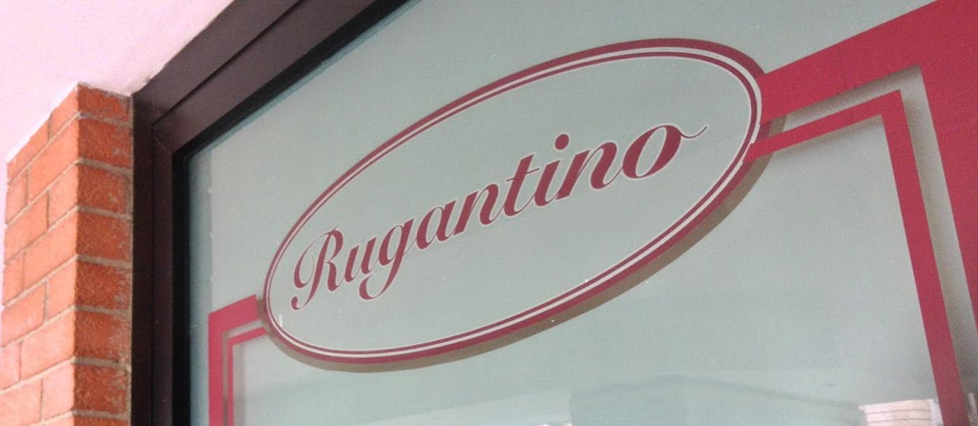 vetrofanie Vetrofanie - Ristorante Rugantino di Roma grafica pubblicitaria a roma VETROFANIE     RISTORANTE RUGANTINO DI ROMA 04